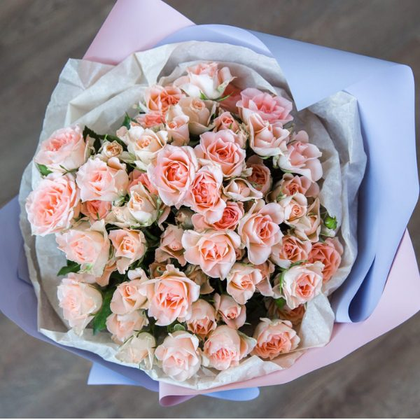 букет-9-веток-кустовой-розы