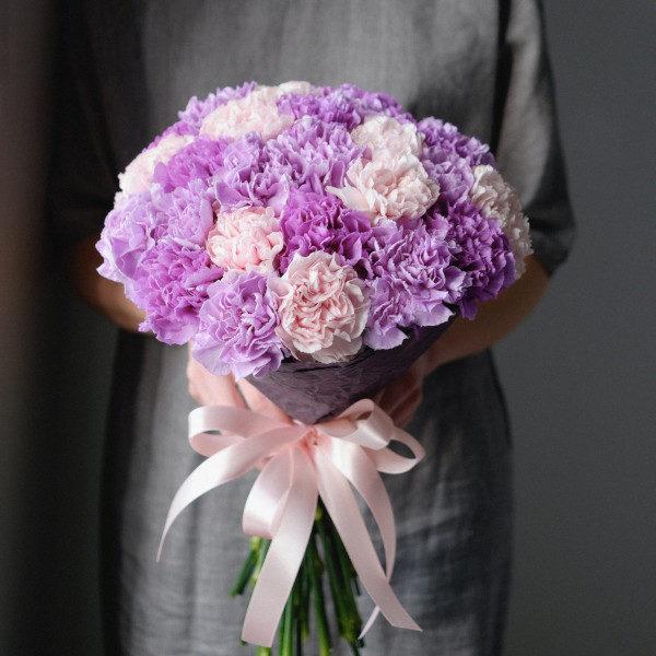 букет-25-гвоздик-фиолетовый